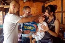 Jonášek je postižen mozkovou obrnou, finanční dar využije na cestu do lázní