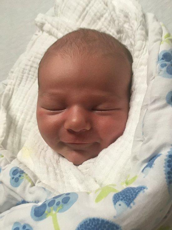 Jan Matějka z Kozí se narodil 28. dubna v 18:32 hodin (3530 g, 49 cm). Rodiče Magdalena a Josef si nechali pohlaví miminka jako překvapení. Do porodnice však nestihli dojet, Honzík pospíchal na svět, a tak se narodil cestou do porodnice v autě, u porodu b