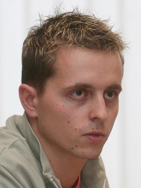 Na 25. říjen 2007 nikdy nezapomene. Petr Červený prokázal nevídanou statečnost. Okamžiky plné strachu si prožila i jeho přítelkyně Jana Krausová. Té prý mohl zatelefonovat, že jej unesli, a že je v pořádku