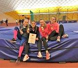 Vítězná štafeta (zleva) Denisa Benešová, Tereza Petržilková, Kristýna Přástková a Tereza Jonášová.