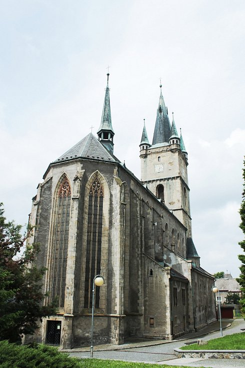 Kostel Nanebevzetí Panny Marie v Tachově.