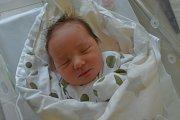 Matylda Macháčková se narodila 16. července v 8:22 rodičům Lindě a Davidovi z Nepomuku. Po příchodu na svět vážila jejich dcerka 3350 gramů. Doma ji čekali sourozenci Viktorka, Barča a Jiřík.