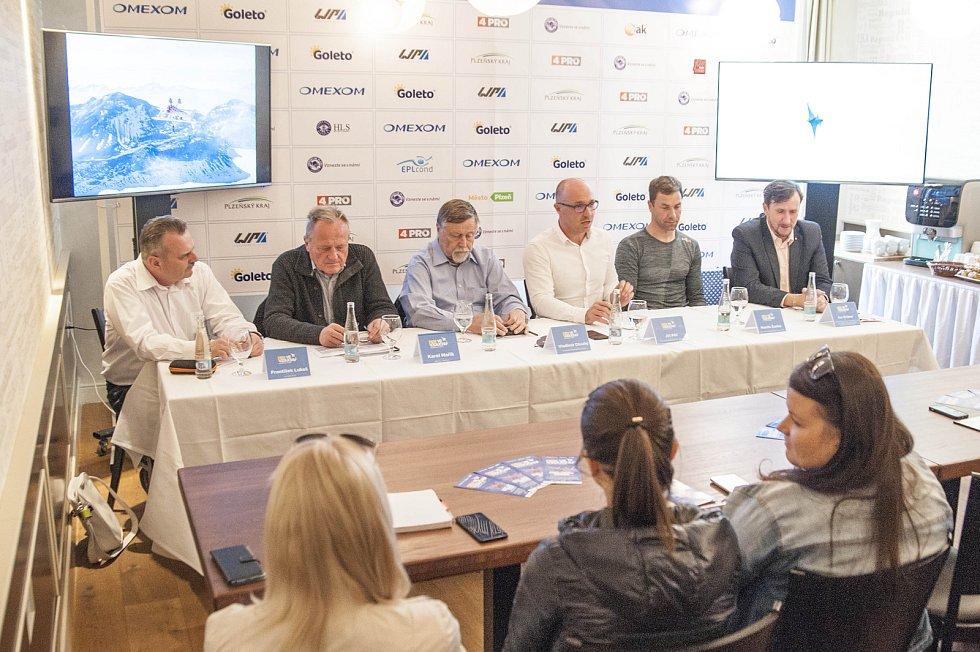 Tisková konference k 17. ročníku letecké show Den ve vzduchu s Plzeňským krajem