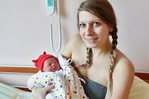 Magdalena Šotová se narodila 4. února ve 20:33 mamince Tereze a tatínkovi Milanovi z Plzně. Po příchodu na svět v plzeňské fakultní nemocnici vážila sestřička Terezky 2990 gramů.