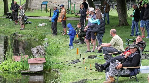Rybářská soutěž v Plzni-Křimicích