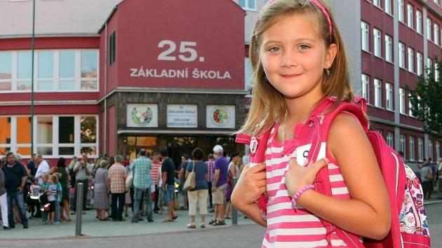Barunka se na první školní den velmi těšila.