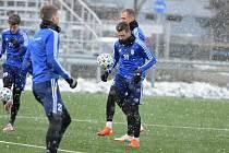 Obránce Radim Řezník už včera trénoval v Mladé Boleslavi, kde bude do konce sezony hostovat.