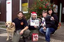 Koncerty v ACW Saloonu pomohly vybrat na psí útulek přes 30 tisíc korun