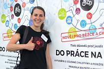 Eva Haunerová z iniciativy Plzeň na kole propaguje městskou cyklistiku.