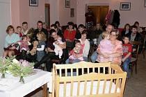Pět nových občánků přivítali minulou sobotu v Horní Lukavici.