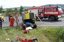 Na silnici II/230 u odbočky na Kokořov se 24. 7. 2014 střetlo osobní auto  s dodávkou