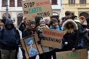 Studenti protestem upozornili na současnou klimatickou krizi.