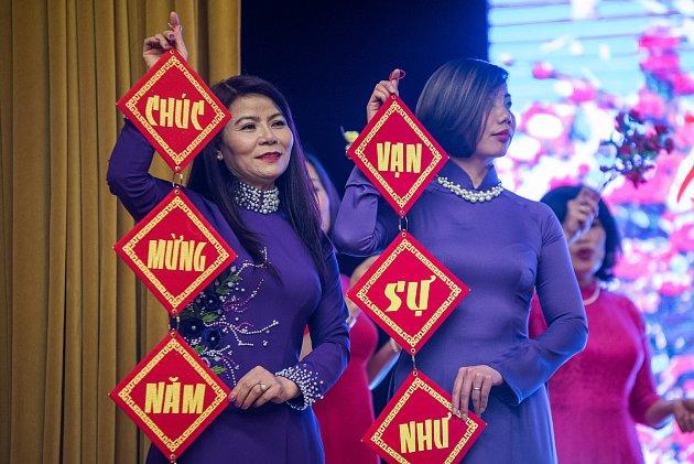 Vietnamci vPlzni slavili příchod nového roku