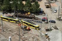 Rekonstrukce tramvajových kolejí a silnice v prostoru U Zvonu