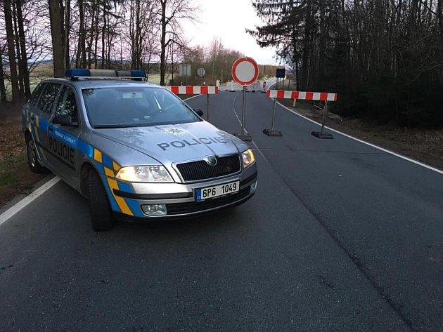 Některé hraniční přechody se uzavřely. Na snímku Broumov.