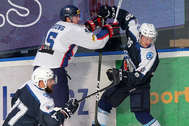 Plzeňští hokejisté sehráli přátelské utkání sasijským soupeřem. Duel rozhodly až nájezdy.