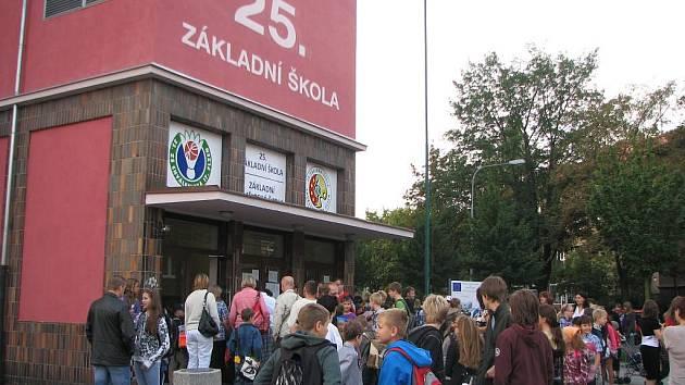 První školní den na 25. ZŠ ve Chválenické ulici