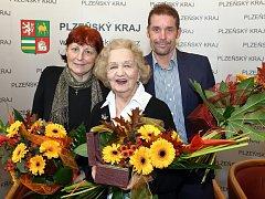 Na snímku zleva Irena Bukačová, Blanka Bohdanová a Jan Řehula.