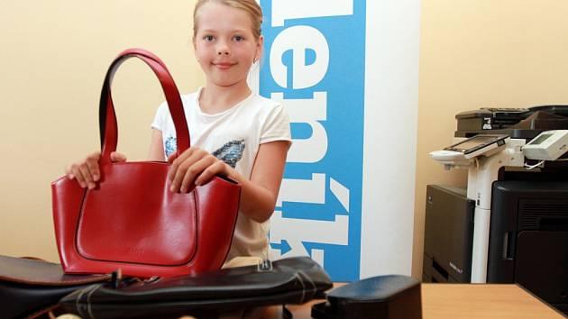 Osmiletá Barunka Havířová přispěla do VELEtrhu se svojí maminkou