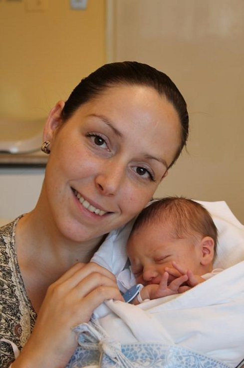 V plzeňské Mulačově nemocnici se 21. června ve 2:25 narodil Matěj (3,12 kg, 50 cm). Svého syna přivítali na světě maminka Adéla Marvalová a tatínek Michal Marval z Plzně