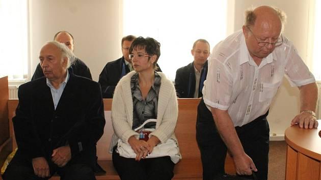 Zleva Pavel Hucl, Marie Šnoblová a Karel Kaiser.
