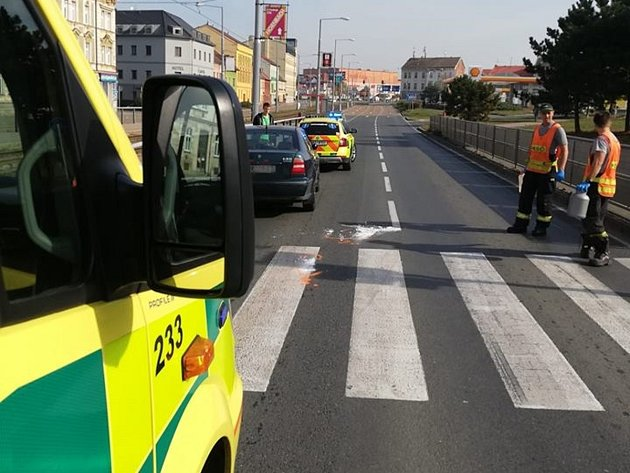 Vážná nehoda u autobusového nádraží v Plzni.