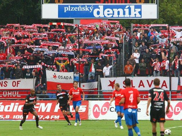 Fanoušky Slavie v sobotu rozesmutnil střídající Lukáš Vaculík, který jejich týmu sebral vítězství.