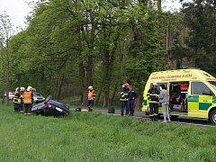 Havárie osobního auta u Města Touškova