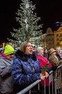 Česko zpívá koledy - náměstí Republiky v Plzni