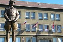 Bockerův Patton v Dýšině na severním Plzeňsku láká k návštěvám americké veterány i turisty. Plzeň svůj pomník osvoboditeli chystá už napotřetí.