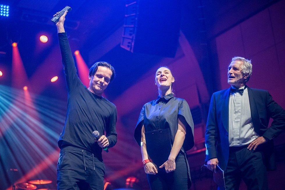 Vyhlášení hudební ankety Žebřík 2015 - druhé místo v album roku získali Chinaski za desku Rockfield