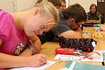 První žáci merklínské praktické školy se zatím učí ve známé budově školy speciální.