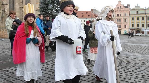 Při loňské Tříkrálové sbírce vybrali koledníci v plzeňské diecézi 3,8 milionu korun