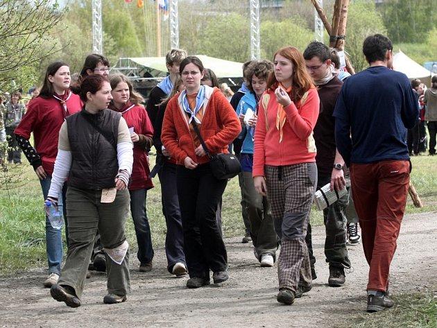Skauti se utábořili u Borské přehrady.