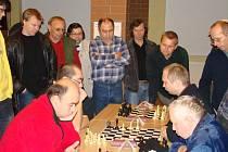 čtrnáctého ročníku Memoriálu Dr. Kadery o Nepomucký talíř se letos zúčastnil druhý nejvyšší počet hráčů v jeho historii
