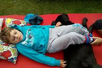 Čtyřletý Míša ve svém krátkém věku už stihl dvacet sedm hospitalizací v nemocnici. Narodil se totiž s velmi vzácnou genetickou vadou, odborným názvem deleční syndrom 1q43-q44, k tomu se později přidaly i další obtíže.