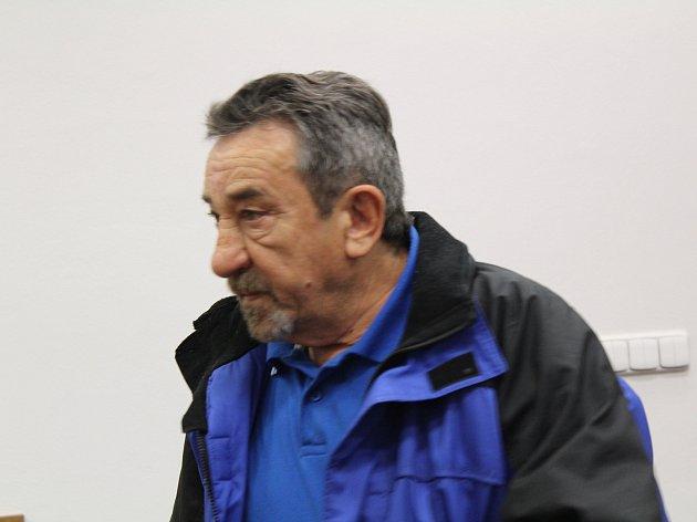 Štefan Chavík odešel od soudu zproštěn obžaloby.