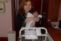 Adámek (3,05 kg, 49 cm) přišel na svět 25. května ve 3:32 ve Fakultní .nemocnici v Plzni. Svého prvorozeného syna přivítali na světě maminka Jana Kloversová a tatínek Vladimír Výborný z Plzně