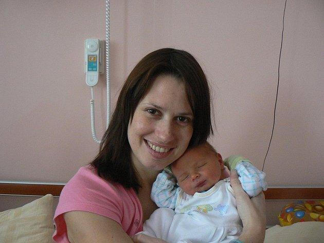 Ve fakultní nemocnici se 6. února ve 20:10 hodin narodil chlapeček Vašík (3,53 kg, 49 cm), který je prvorozeným synem Dagmar a Václava Kotousových zPlzně