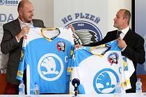 Do nové sezony nastoupí plzeňští hokejisté v nových dresech a s novým jménem klubu - HC Škoda Plzeň