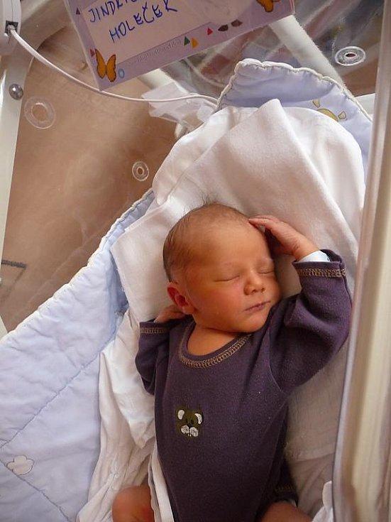 Jindřich (3,00 kg, 50 cm) se narodil 2. března v 16:10 ve FN v Plzni. Z jeho příchodu na svět se radují rodiče Lenka a Jan Holečkovi z Vejprnic. Doma se na brášku již těší František (2 a třičtvrtě).