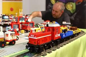 Asi 4 miliony dílků stavebnice Lego mají doma sběratelé Balšánovi z Aše. Část jedinečné sbírky je nyní k vidění v Domě historie Přešticka.