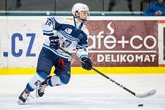 LÍDR. Během sezony nastupoval Filip Přikryl za juniory, ale v play-off táhne za obhajobou titulu starší dorost.
