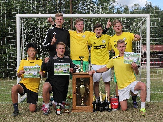Premiérovou účast na turnaji v malé kopané Mrtník Cup ozdobil vítězstvím plzeňský tým Young boys.