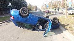 Dopravní nehoda u Borského parku.
