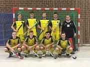 První tým Litic úspěšně vstoupil do halové sezony na turnaji v německém Schwabachu.