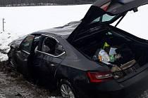 Havárie osobního auta u Vlkova na jižním Plzeňsku.