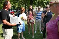Sousedské procházky na Jiráskově náměstí v Plzni