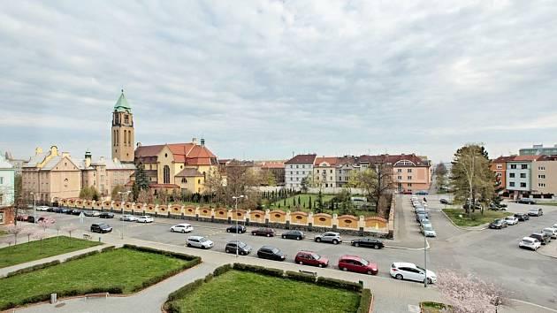 V pátek 11. a v sobotu 12. června ožije Jiráskovo náměstí v Plzni díky Víkendu otevřených zahrad.