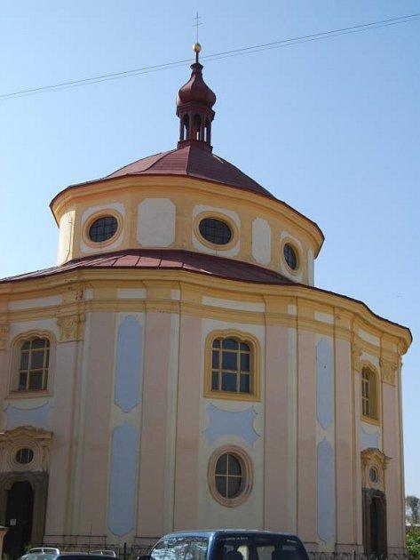 Z majetku církve bude památka bezplatně převedena městu Dobřany. To hodlá žádat o granty a kostel rekonstruovat